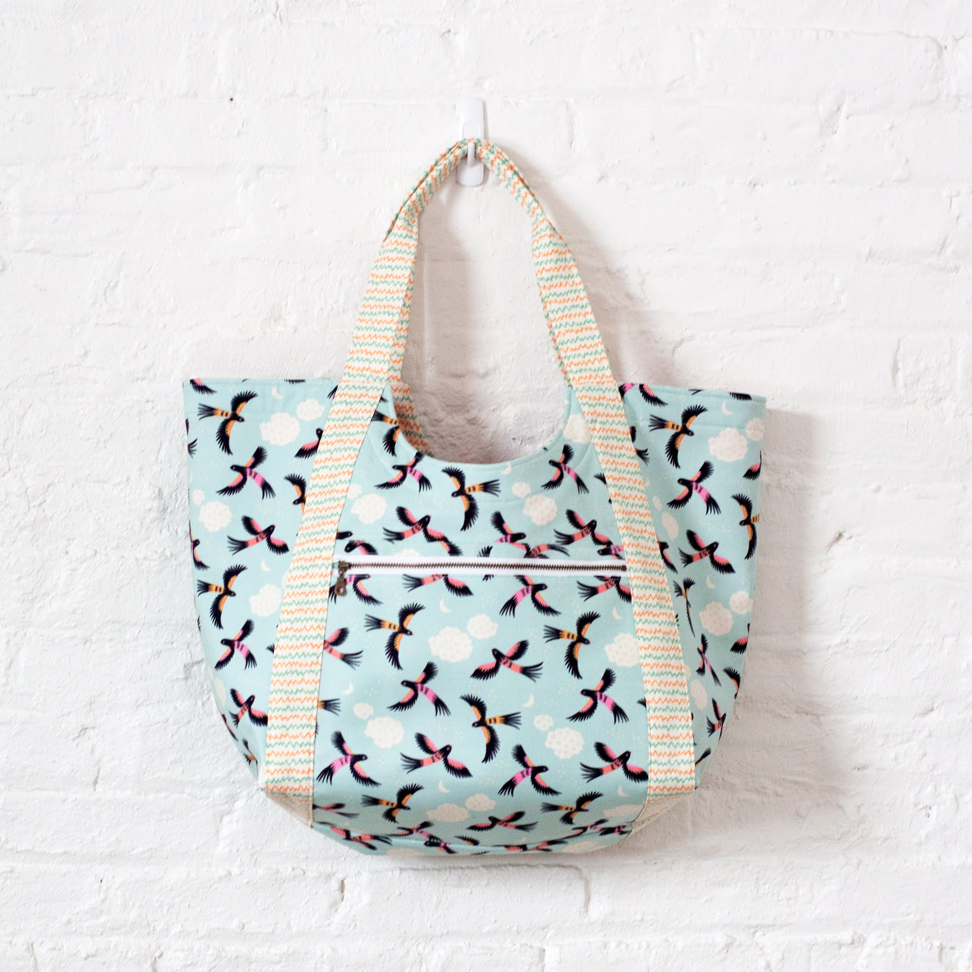 Poolside Tote Bag by Noodlehead