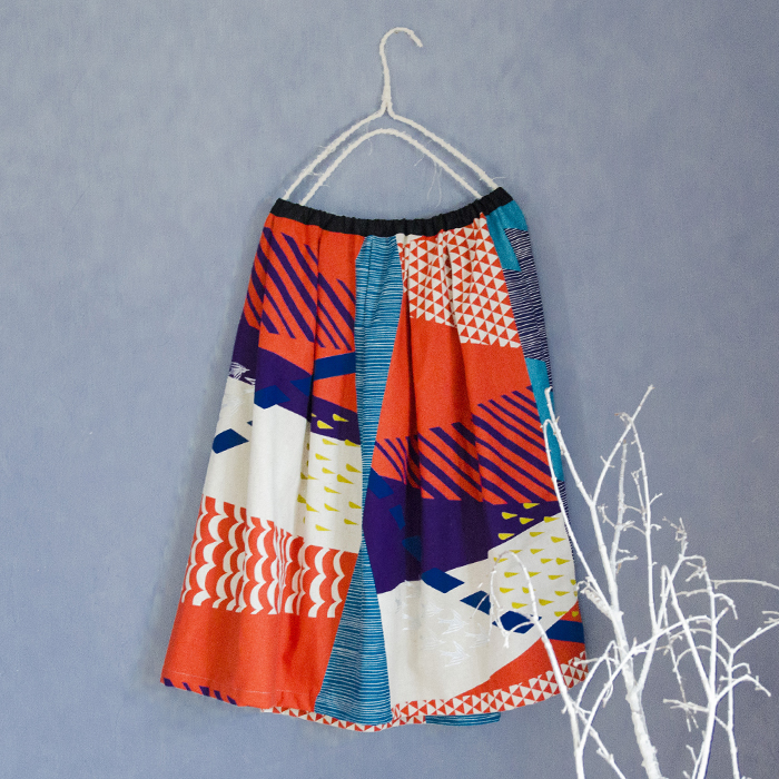 Echino Wandervogel in Red Tuck Skirt